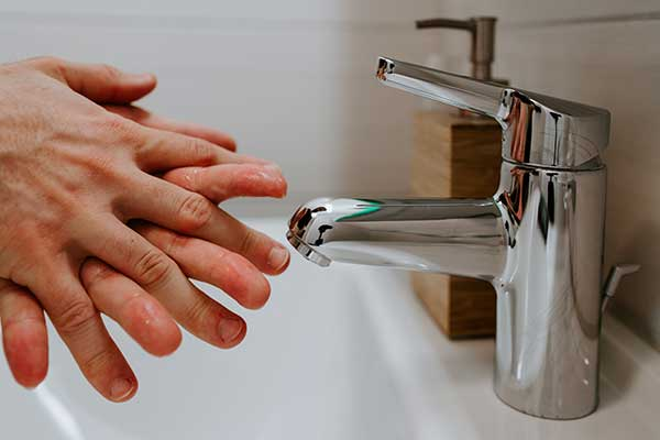 Simple Tips That Can Help You Manage Plumbing Issues in Your House